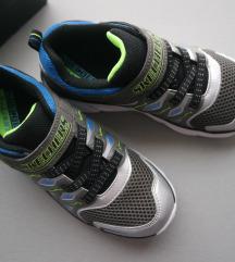 NOVO 34 Skechers svjetleće tenisice