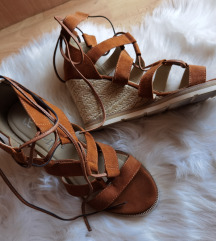Borovo sandale špagerice
