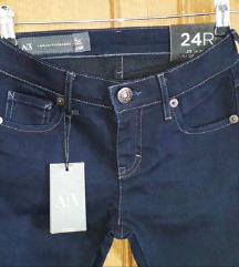 NOVO Armani jeans traperice