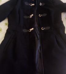 Crni kaputić za proljeće,38