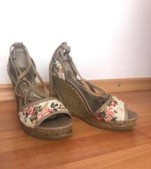 Bata sandalice
