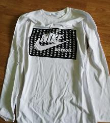 *Nike majica nova vel. L