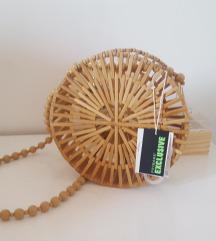 Nova drvena torbica