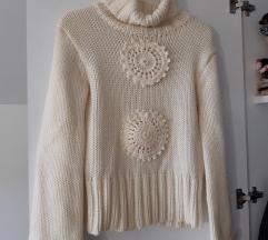 Bijeli džemper