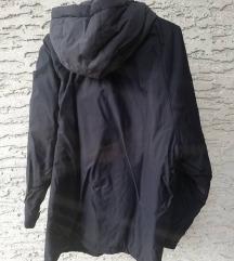 %% NIKE zimska muška jakna