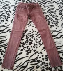 Dugačke smeđe hlače