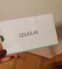 Douglas poklon bon 500 kn