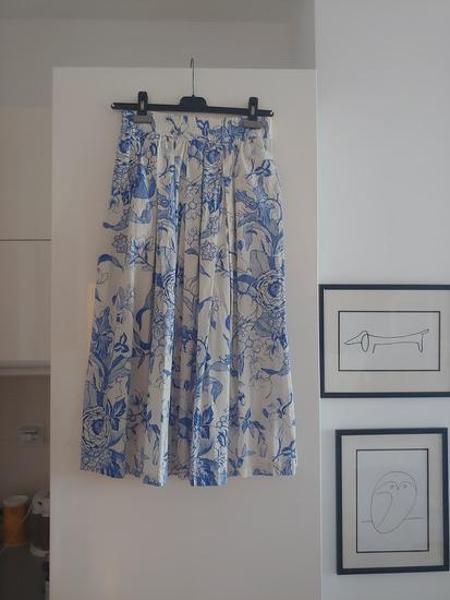 100 kn SNIZENO! Zara midi suknja
