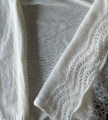 Džemper bijeli vel.M