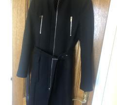 Zara crni klasični kaput