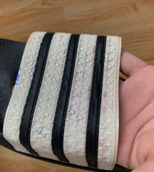 Adidas adilette NOVE
