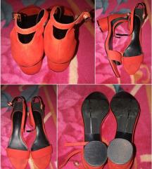 NEXT crvene sandale na blok petu 41