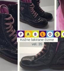 Crne čizme od lakirane kože vel 35