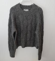 Sivi pulover (poš. u cijeni)
