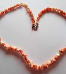 Ogrlica od poludragog kamenja ili koralja