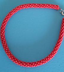 Ogrlica od crvenih koralja