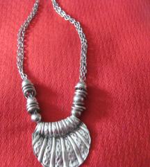 Masivna srebrna ogrlica