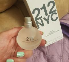 Carolina Herrera 212 NYC parfem