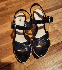 Ugg sandale