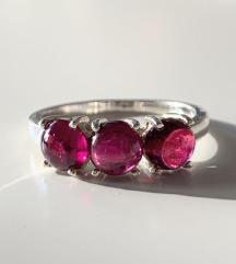 prsten srebro i ametist ili granat