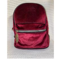 Mali, ceveni, velvet ruksak s ukrasom