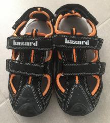 Nove sandale br.32