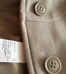 Kvalitetan i fin Benetton kaput od vune