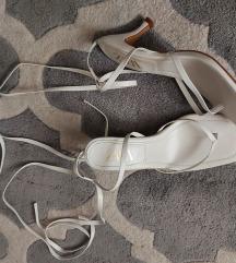 Zara bijele sandale