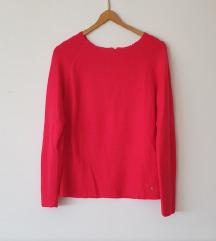 Reserved crvena vesta