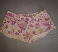 Kratke hlačice C&A