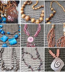 Lot od 8 ogrlica
