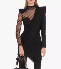 Crna haljina s tilom