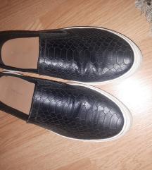 Cipele Stradivarius