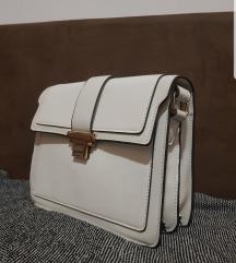 NOVA bijela torbica