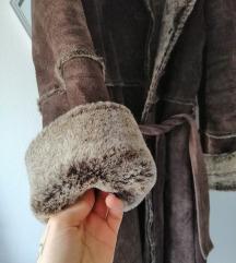 Express fur coat 38 prava koža