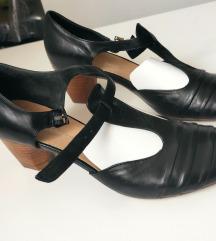 Kvalitetne i udobne kožne sandale br. 39