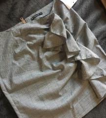 Siva suknja s etiketom NOVA