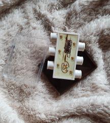 Usna ugađalica za gitaru
