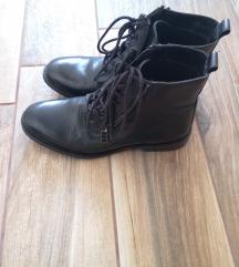 Crne Borovo čizme/gležnjače 38
