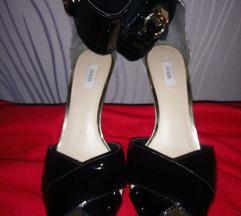 Predivne Guess sandale