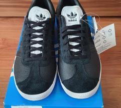 NOVE Adidas Gazelle 599kn!!!! Vel. 39