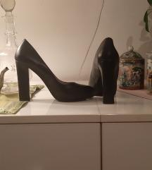 Crne cipele Chiarini Bologna salonke