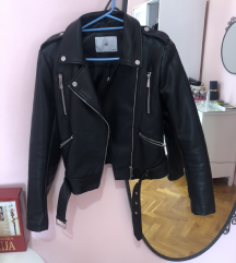 Silvian Heach kozna jakna