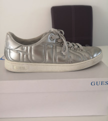 Guess tenisice 40br
