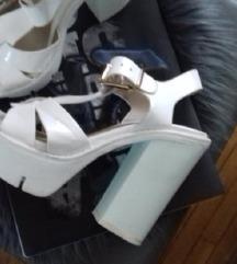 Bijele sandale 36broj