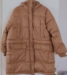 Duža  i veća plussize zimska jakna HM