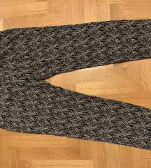 SNIŽENO Esprit hlače s uzorkom GRATIS PT.