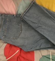 5 hlača + poklon