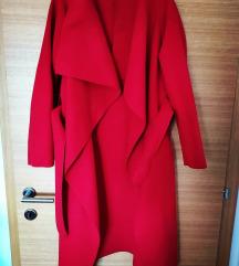 Crveni kaput nov, idelan za jesen!