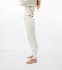 Nove Zara sportske hlače/trenirka